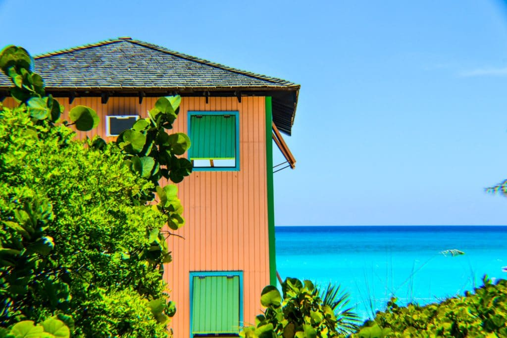 How to Get Bahamian Citizenship